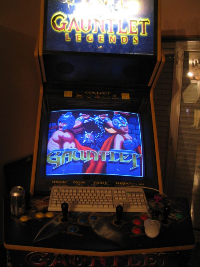 The Gauntlet Legends - Mame/Dreamcast project ...and finally back ...