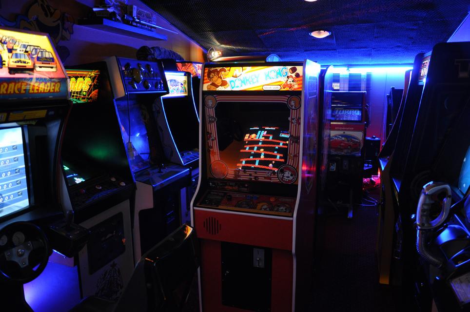 Arcade Game Room Nuno